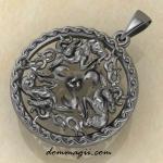 Солнечные олени из серебра с трикселем