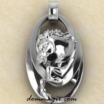 конь серебро
