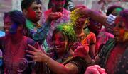 8 марта - Международный женский день, Холи - праздник весны